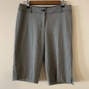 White House Black Market Bermuda shorts size 6